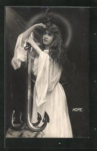 AK Allegorie, hübsches Mädchen blickt mit einem Anker in die Ferne, Hope