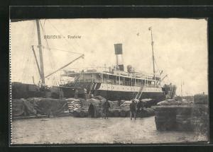 AK Brindisi, Postdampfer im Hafen