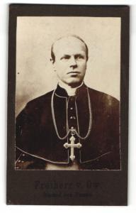 Fotografie Portrait Freiherr von Ow, Bischof von Passau
