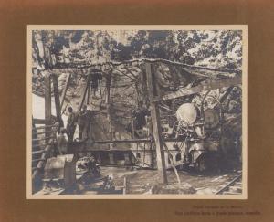 Fotografie 1.WK, Artillerie Frankreich, Eisenbahngeschütz mit Tarnung, Front Francais de la Marne, Piece d'artillerie