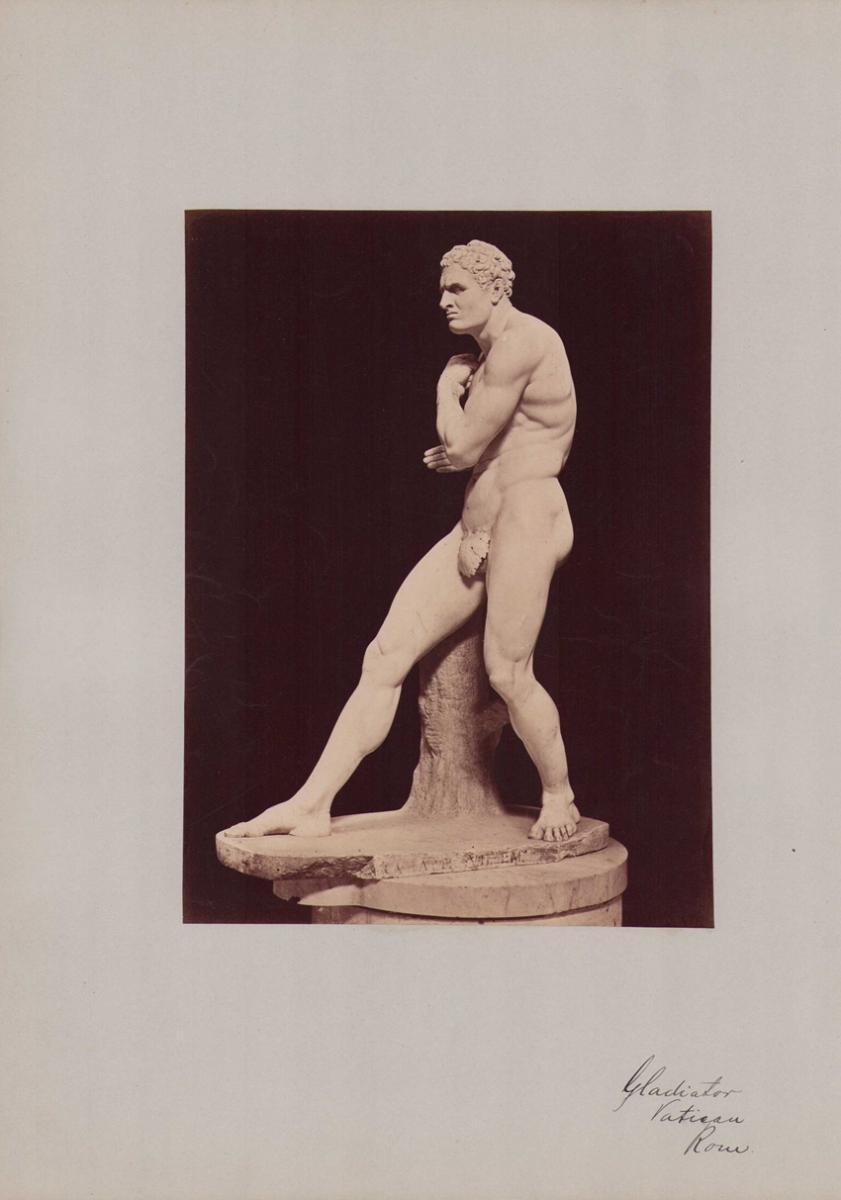 Fotografie Fotograf unbekannt, Ansicht Vatikanstadt, Statue Gladiator im vatikanischen Museum, Grossformat 31 x 42cm 0