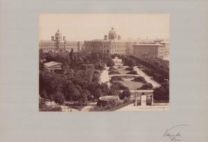 Fotografie Fotograf unbekannt, Ansicht Wien, Volksgarten, gepflegte Parkanlage, Grossformat 42 x 31cm