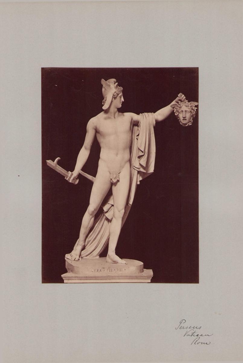 Fotografie Fotograf unbekannt, Ansicht Vatikanstadt, Perseus - Statue im Vatikanmuseum, Grossformat 31 x 42cm 0