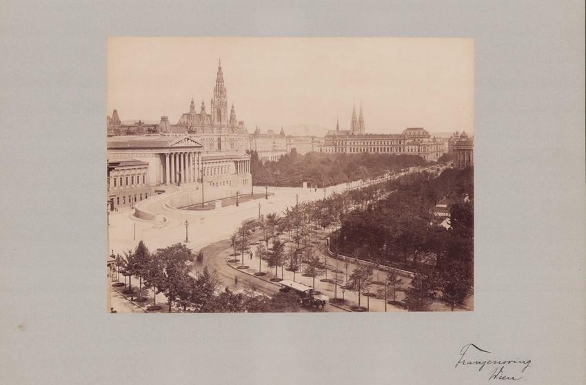 Fotografie Fotograf unbekannt, Ansicht Wien, Palament am Franzensring, Grossformat 42 x 31cm 0