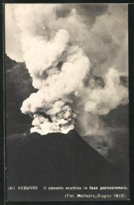 AK Vesuvio, Il conetto eruttivo in fase parossismale, Vulkan