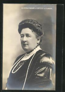 AK S. A. Royale Madame la Comtesse de Flandre