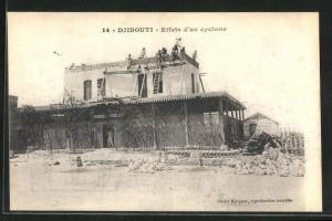 AK Djibouti, Effets d`un cyclone, Reperatur an Gebäude nach Wirbelsturm