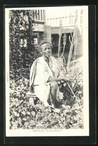 AK Djibouti, Laitier Dankali, Mann in Garten