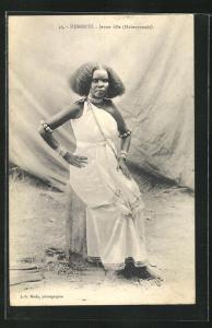 AK Djibouti, jeune fille Haberyounis, junge Frau in traditioneller Garderobe
