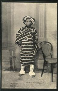 AK Zanzibar, Swahili Woman, Dame in traditioneller Garderobe