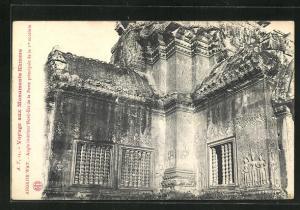 AK Angkor-Wat, Angel interieur Nord-Est de la Porte principale de la 2re enceinte
