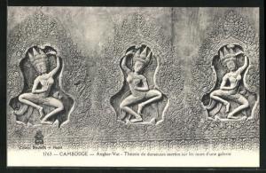 AK Angkor-Vat, Theorie de danseuses sacrees sur les murs d`une galerie