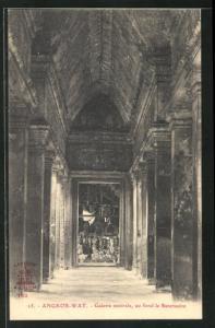 AK Angkor-Wat, Galerie centrale, au fond le Sanctuaire