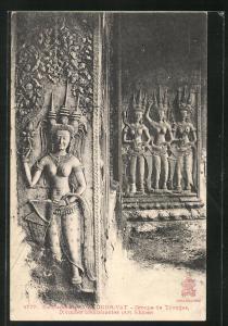 AK Angkor-Wat, Groupe de Tévadas, Divinités... Reliefs