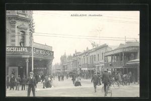 AK Adélaide, Strassenpartie mit Geschäften
