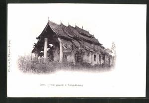 AK Laos, Xieng-Kouang, Une pagode