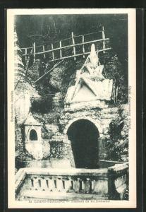 AK Luang-Prabang, Tombeau du Roi Zacharine