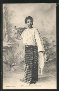 AK Laos, Une Femme laotienne