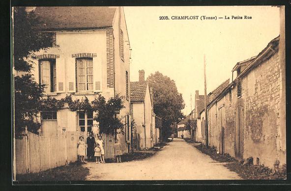 AK Champlost, La Petite Rue, Strassenpartie 0