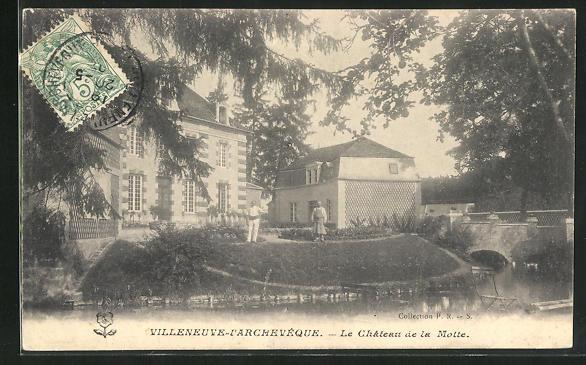 AK Villeneuve-l`Archeveque, Le Chateau de la Motte 0