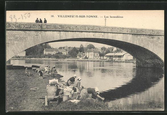 AK Villeneuve-sur-Yonne, Les lavandieres 0