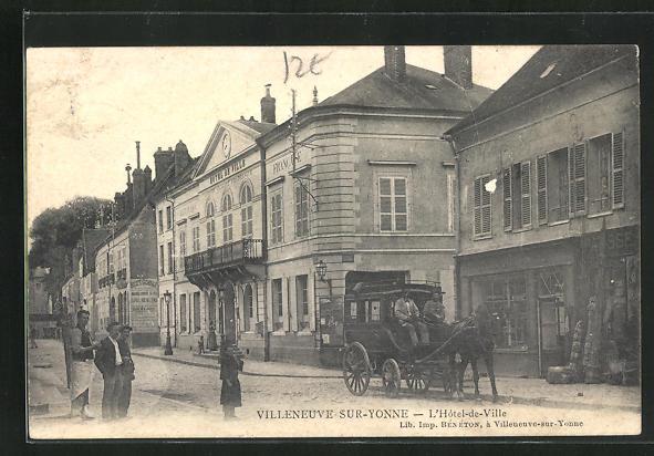 AK Villeneuve-sur-Yonne, L`Hotel-de-Ville 0