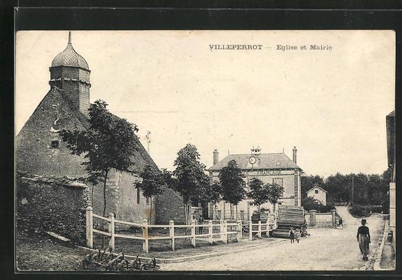 AK Villeperrot, Eglise et Mairie 0