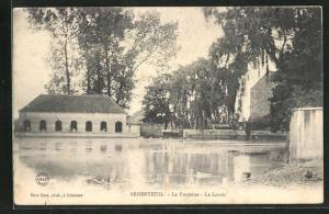 AK Argenteuil, La Fontaine, Le Lavoir