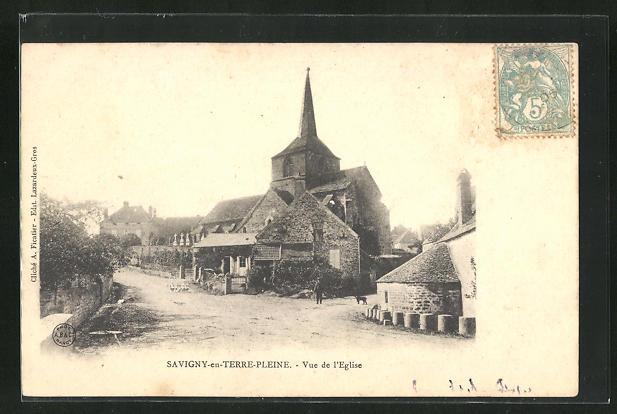 AK Savigny-en-Terre-Pleine, Vue de l`Eglise 0