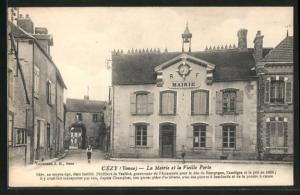 AK Cezy, La mairie et la vieille porte, Ortspartie