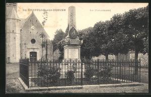 AK La Chapelle-sur-Oreuse, Le Monument
