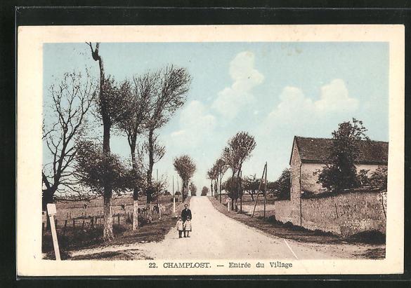 AK Champlost, Entree du village 0