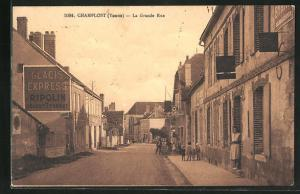 AK Champlost, La grande rue