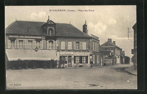 AK St-Valerien, Place des Fetes 0