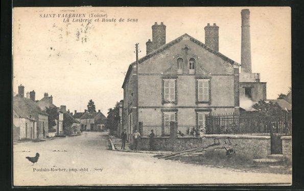AK Saint-Valerien, La Laiterie et Route de Sens 0