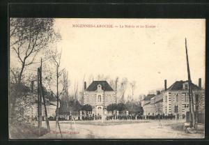 AK Migennes-Laroche, La Mairie et les Ecoles