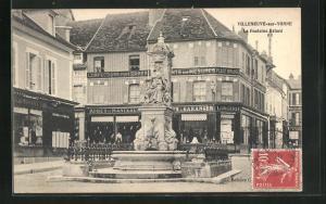 AK Villeneuve-sur-Yonne, La Fontaine Briard