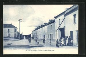 AK La Crigon Ais, Place de l`Eglise