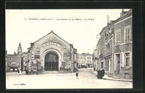 AK Savenay, Les Halles et la Place - La Poste