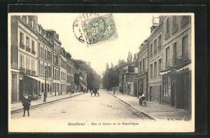 AK Honfleur, Rue et Cours de la République, Blick in die Strasse
