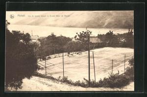 AK Matadi, Jeu de tennis devant le Grand Hotel