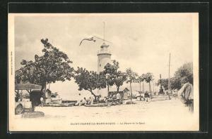 AK Saint-Pierre-La-Martinique, Le Phare et le Quai