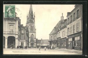 AK Mondoubleau, L`Eglise et la Place