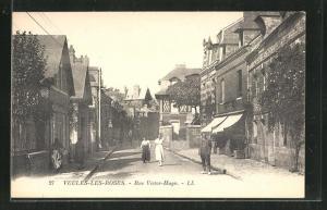 AK Veules-les-Roses, Rue Victor-Hugo