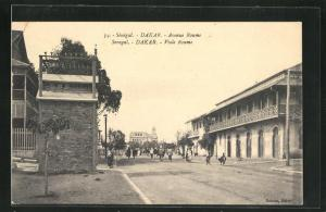 AK Dakar, Avenue Roume mit Anwohnern