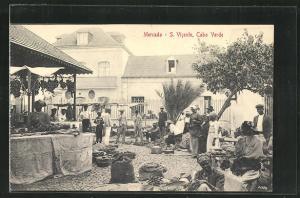 AK S. Vicente, Leute an Ständen auf dem Markt