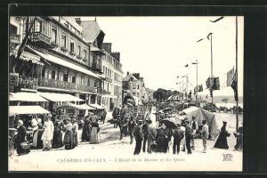 AK Caudebec-en-Caux, L`Hotel de la Marine et les Quais