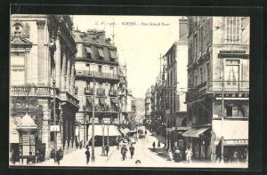 AK Rouen, Rue Grand Pont, Strassenpartie