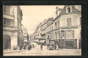 AK Blois, La Rue Denis-Papin et Grand Hotel d'Angleterre