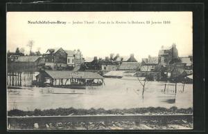 AK Neufchatel-en-Bray, Jardins Thorel - Crue de la Riviere la Bethune 1910